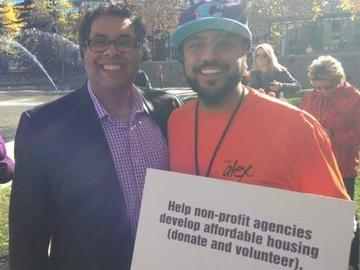 Sekhon met with Calgary mayor Naheed Nenshi during a homelessness awareness event at Olympic Plaza.